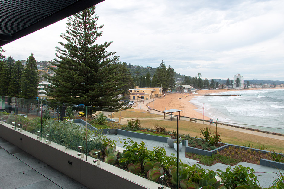 sargood-collaroy-beach-view-balcony