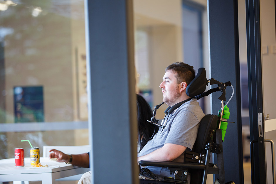 sargood-collaroy-quadriplegic-guest-relaxing