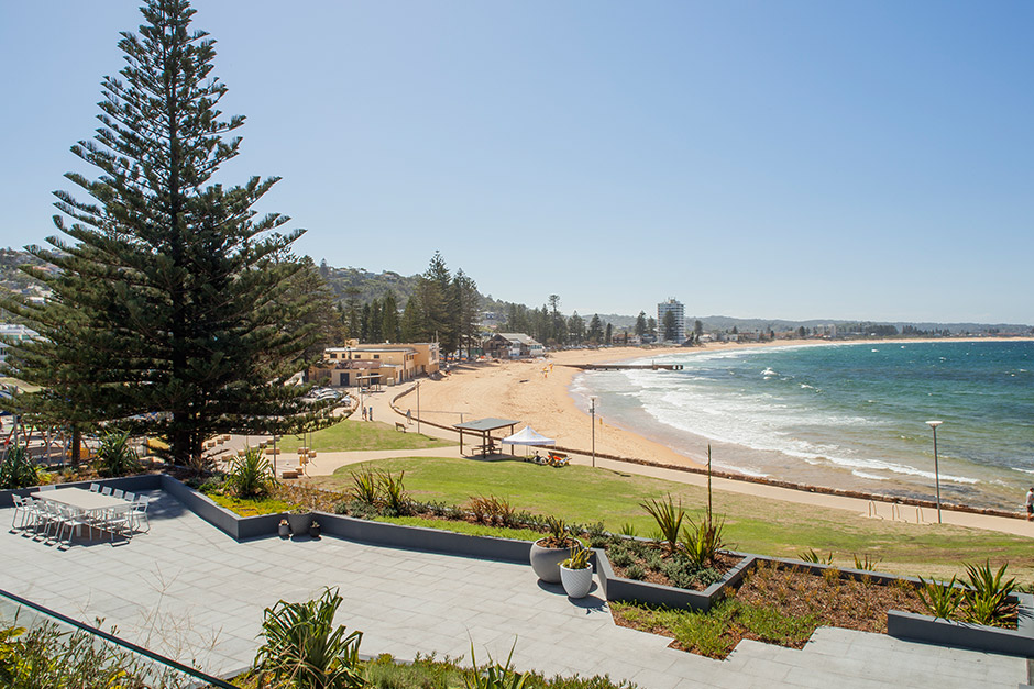 View from Sargood on Collaroy common balcony